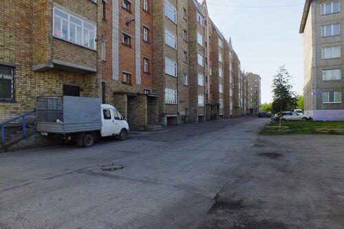 Фотография Инты №7085  Двор (северная сторона дома) Куратова 74 и Куратова 72 13.08.2014_12:08
