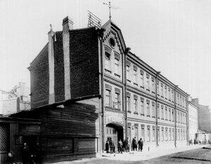 Внешний вид здания механического и меднолитейного завода  В.Т.Однер (Таракановский пер., д.4)