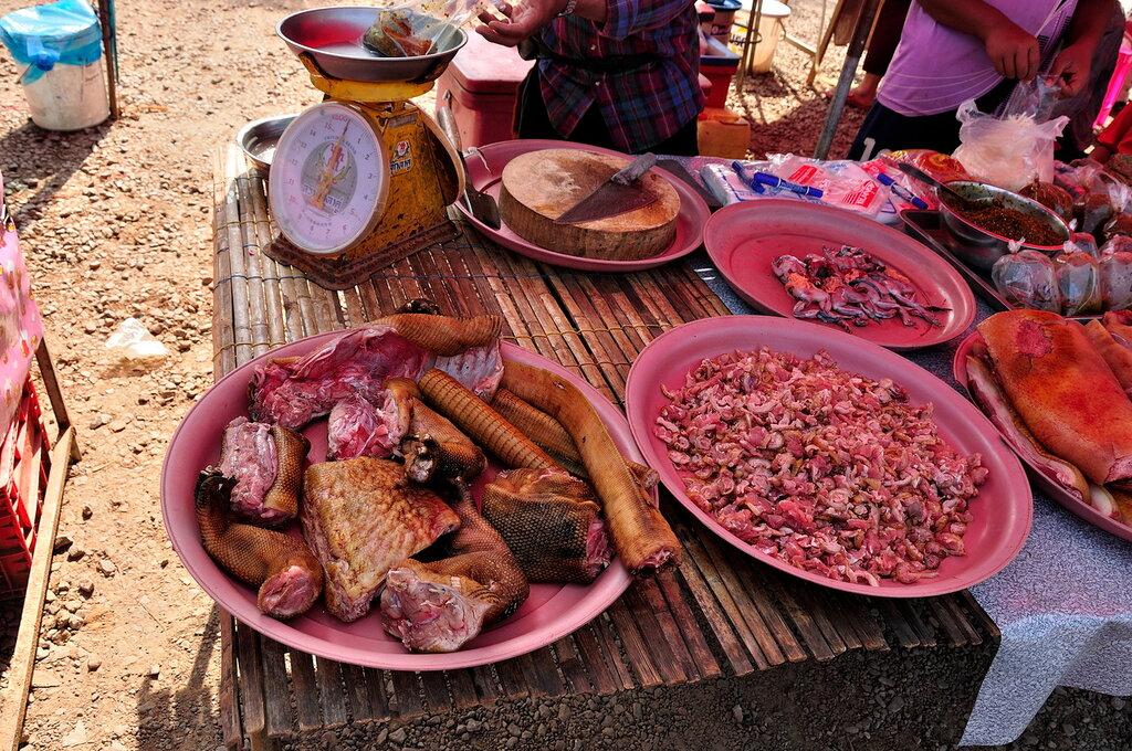 Мясо варана в Таиланде