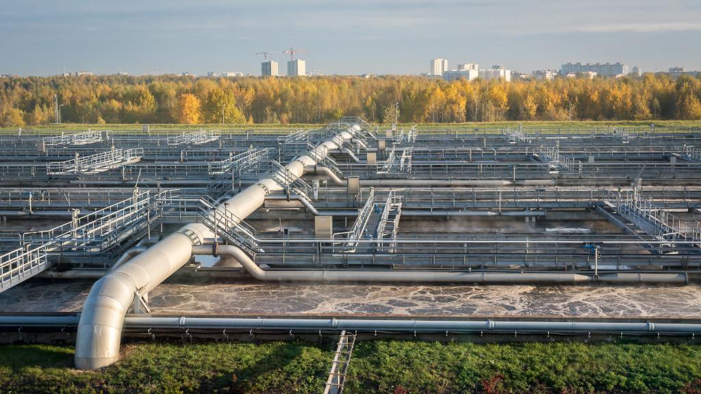 Фото очистных сооружений Петербурга с высоты птичьего полёта