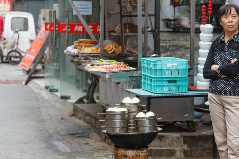 Прилавок, улица Ляншидянь, Пекин