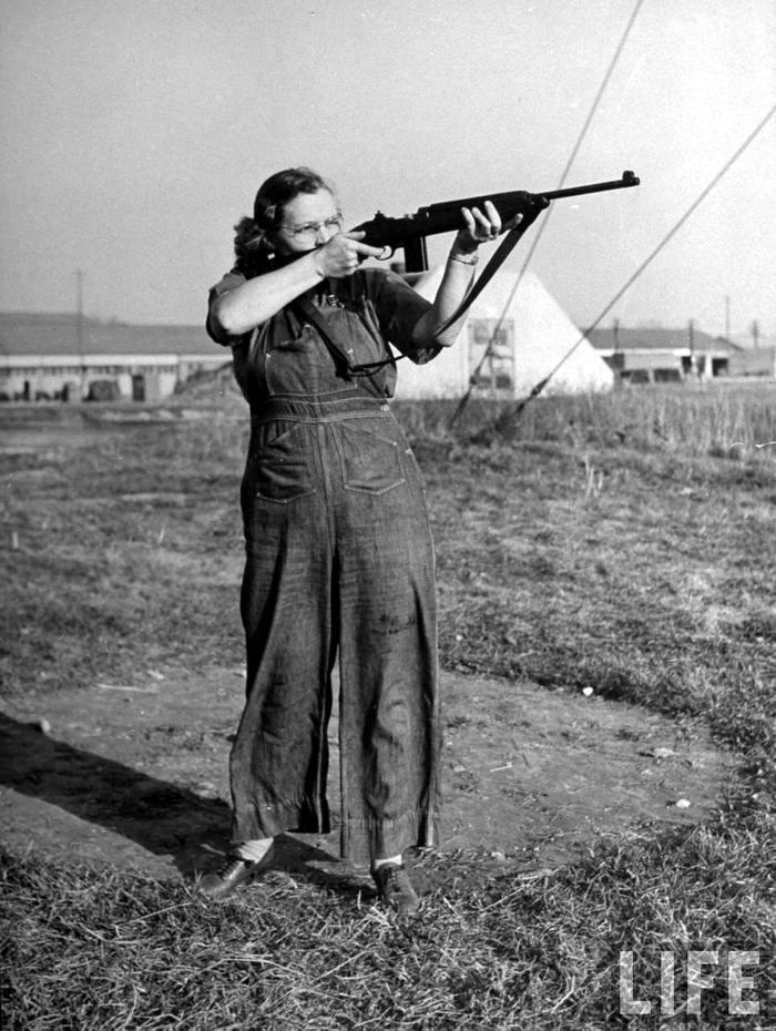 Американская оружейница - 7 (1942 год)