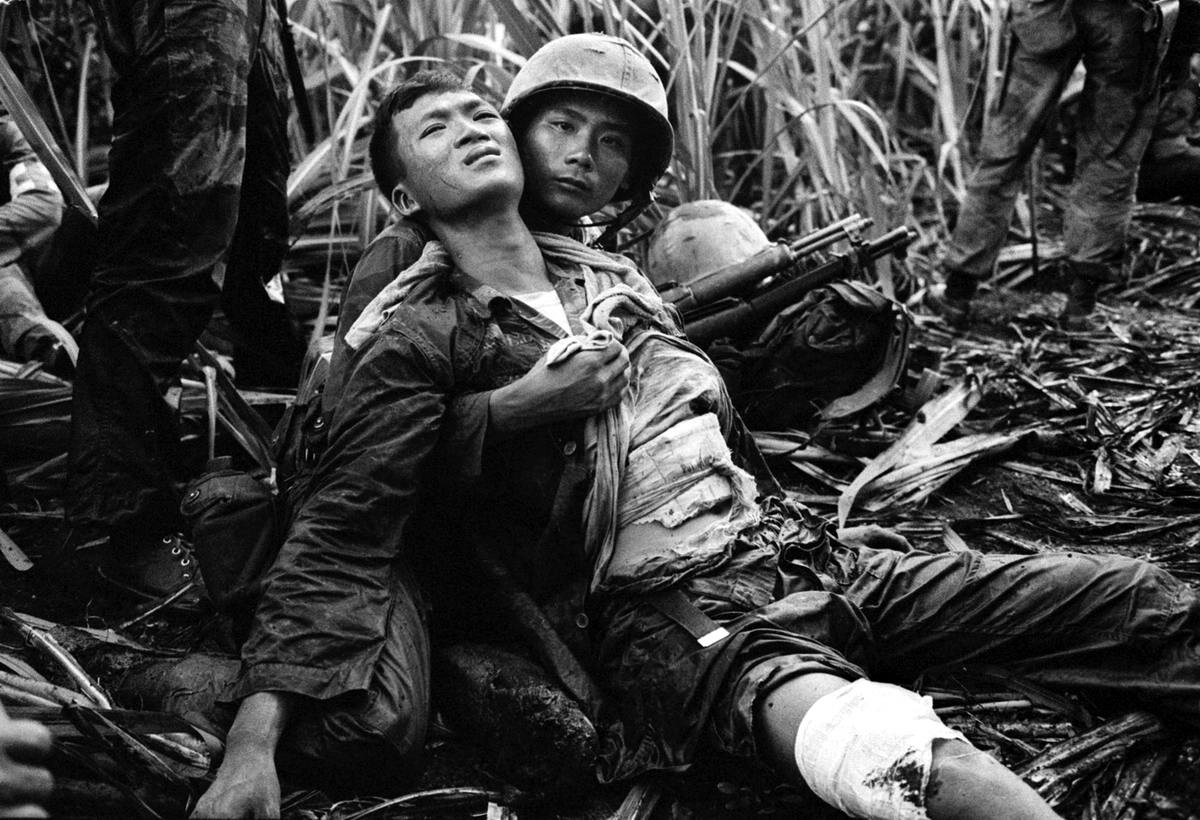 vietnam war vs great society essay Start studying apush 39 lyndon johnson's insistence on fighting the vietnam war and funding the great society with a the top-secret pentagon papers.