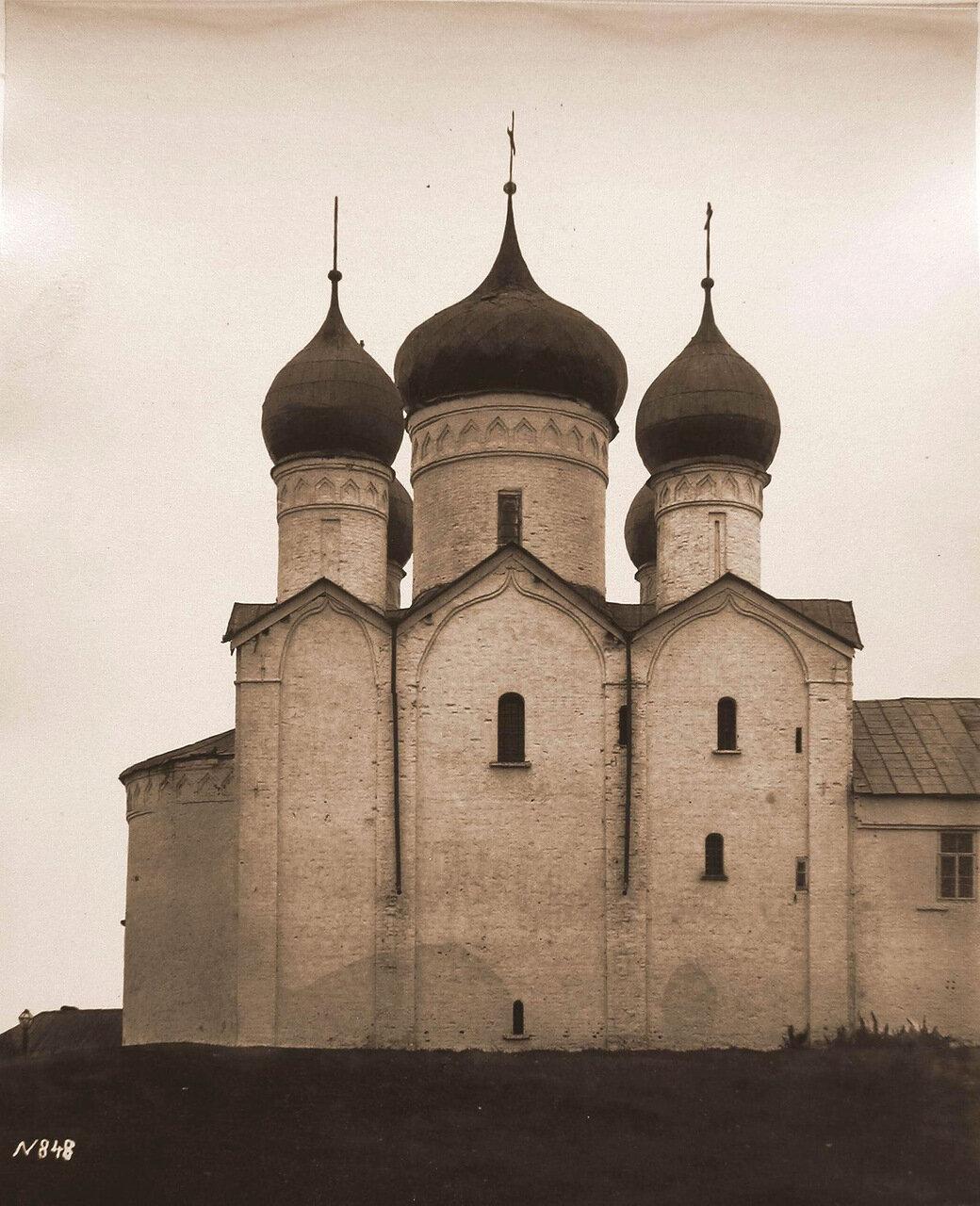 Вид северного фасада церкви Бориса и Глеба в Плотниках