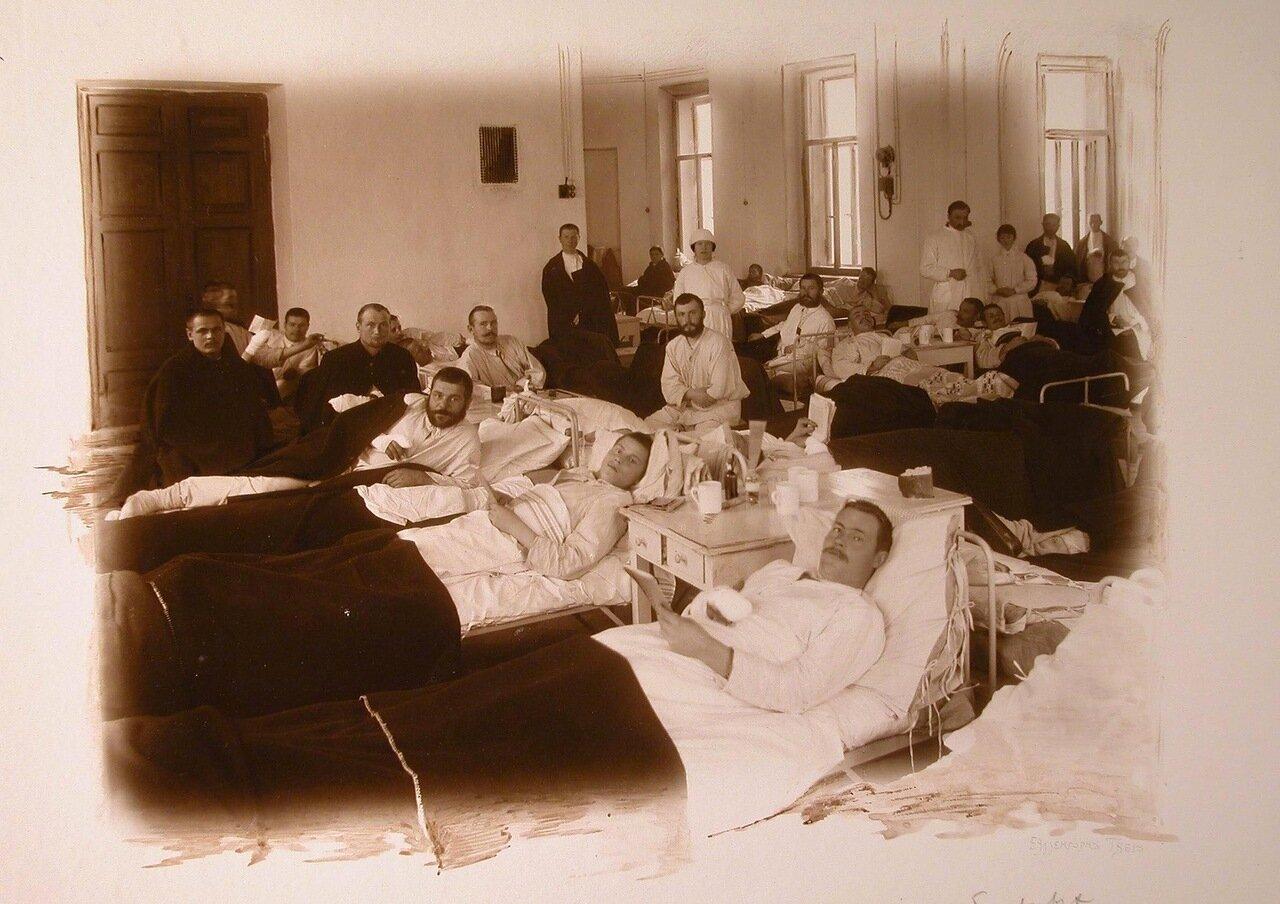 07. Раненые в одной из палат госпиталя