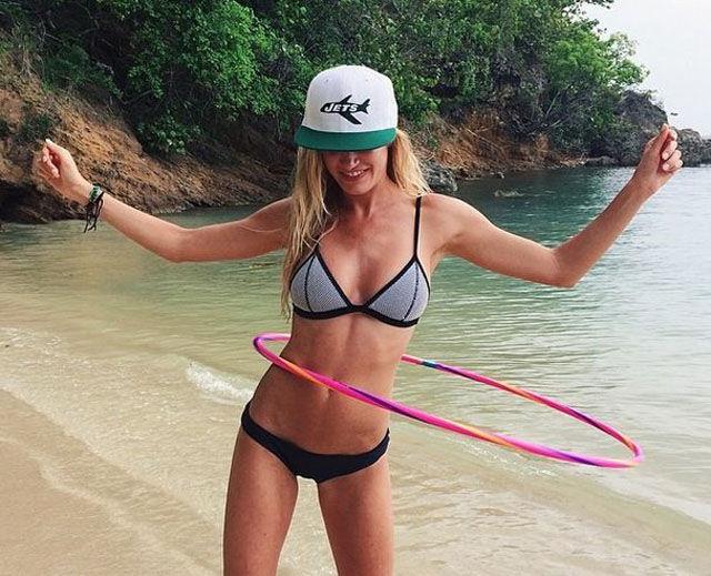 Красивые горячие девушки на пляжах 0 101ca1 d4f87fd orig
