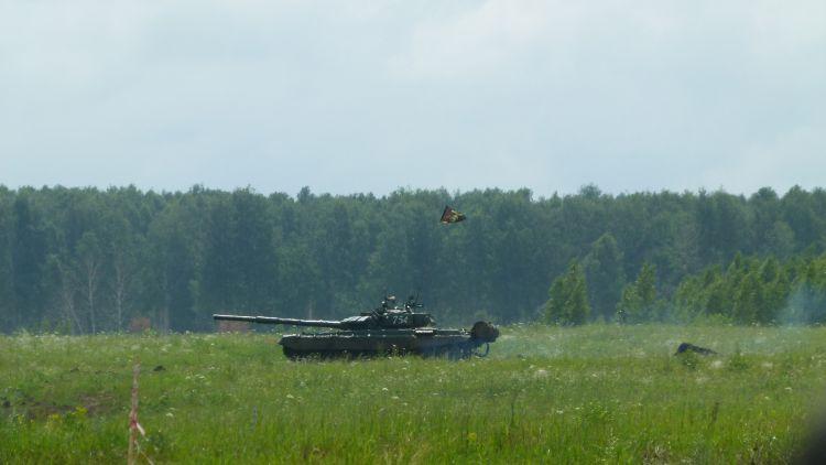 В поле танки (10.07.2015)