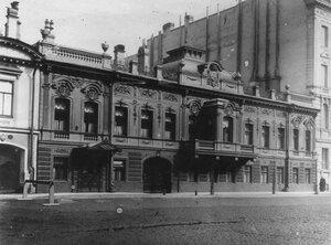 Фасад посольства.