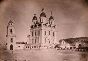 Вид на Успенский собор на территории Кремля (построен в 1602 г.,перестроен в 1710 г.;зодчий Дорофей Мякишев). Астрахань г.