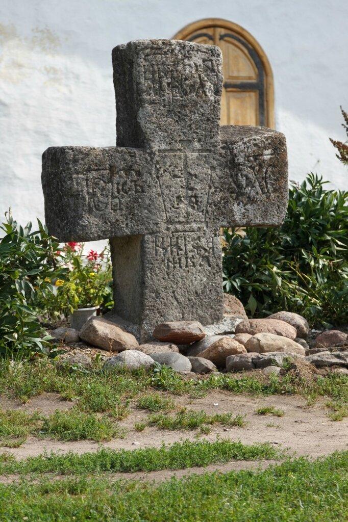 Северный крест, Церковь Покрова и Рождества Богородицы от Пролома, Псков