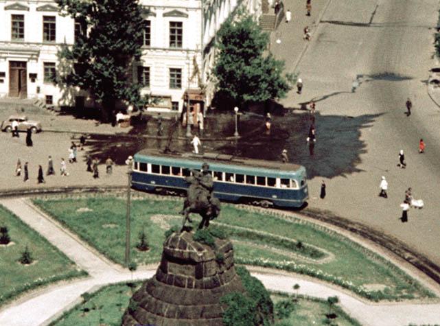 Киев. Вид на пам. Богдану Хмельницкому фр frid02062.jpg