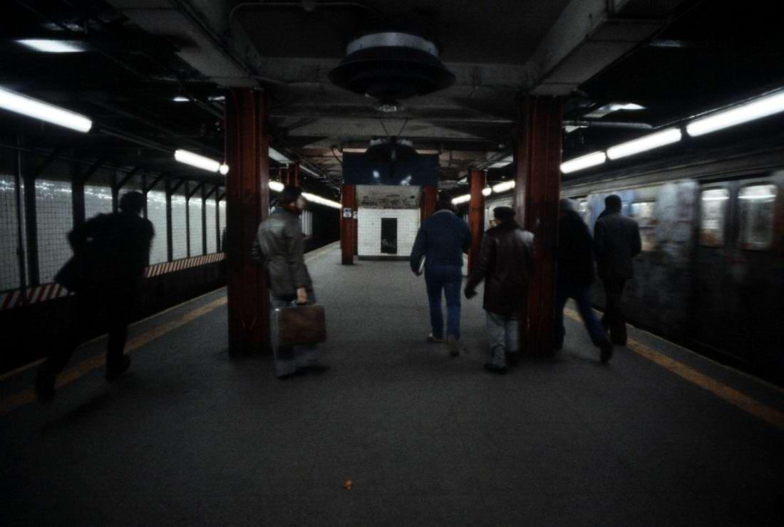 Американский фотограф Christopher Morris: Граффити и андеграунд нью-йоркского метро (19)