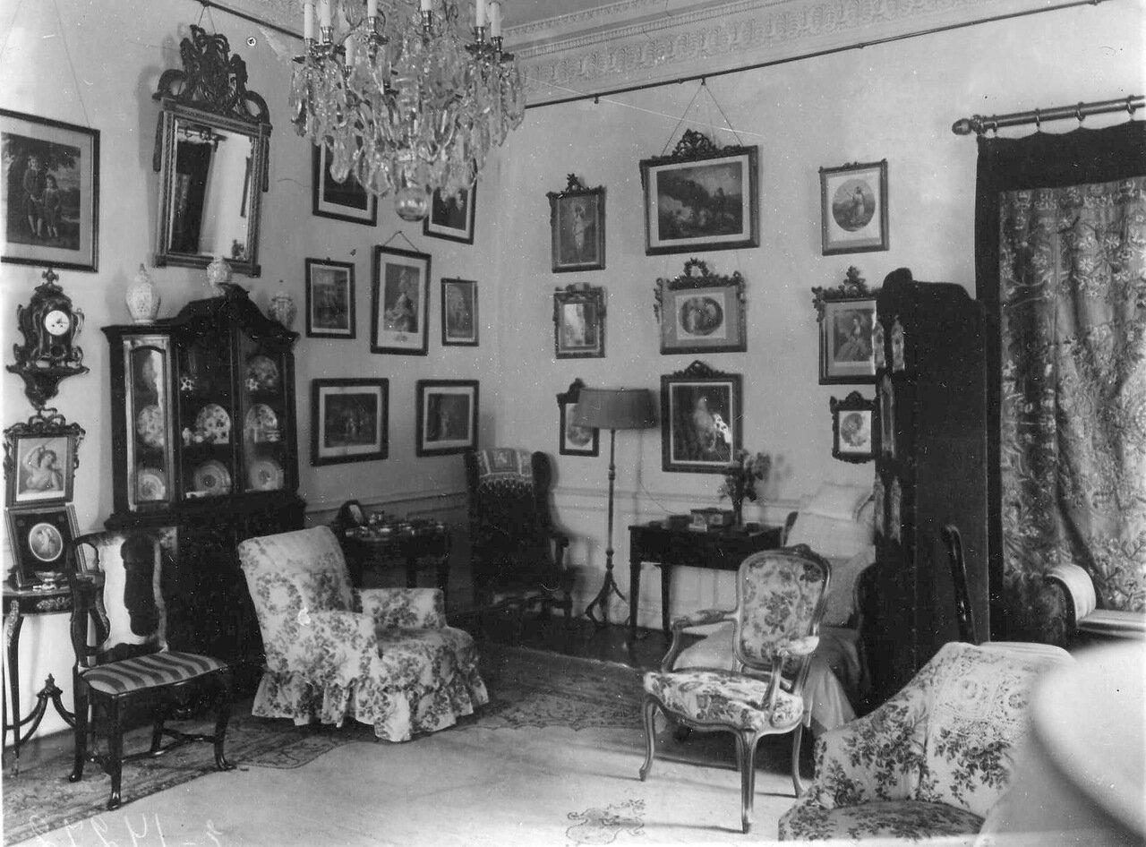 23. Будуар жены чрезвычайного и полномочного посла Бьюкенена. 1914