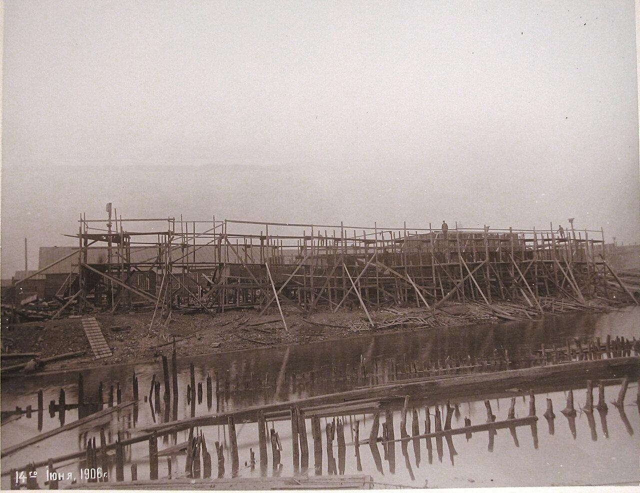 22. Постройка канонерской лодки «Кореец»  на стапеле Путиловского завода. 14 июня 1906