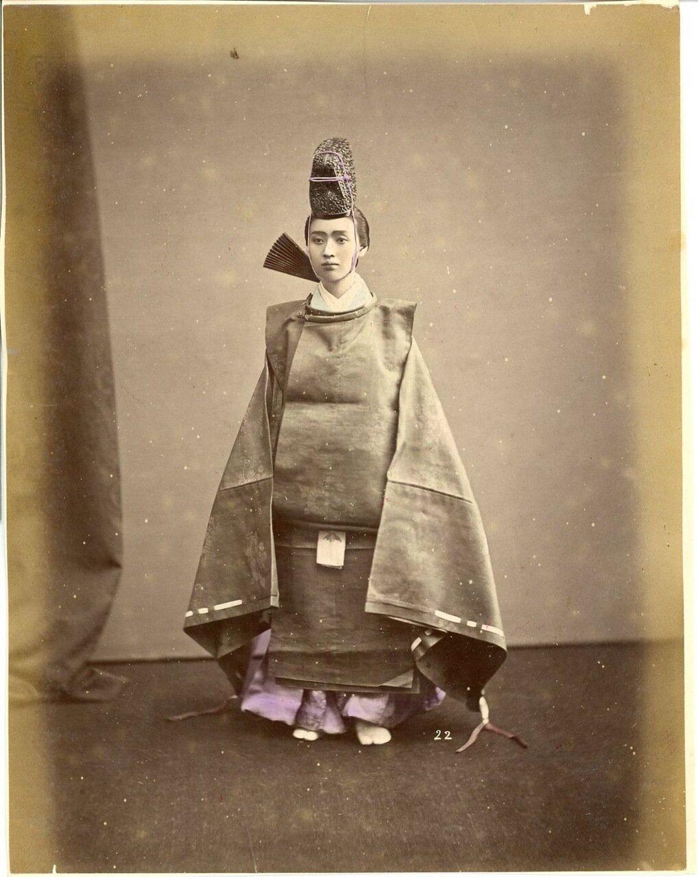 Японец в национальном костюме