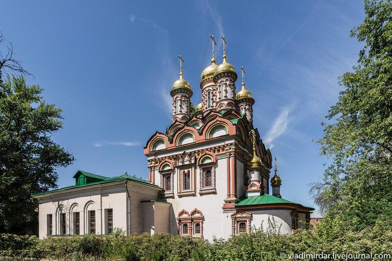 Церковь Николая Чудотворца на Берсеневке, в Верхних Садовниках