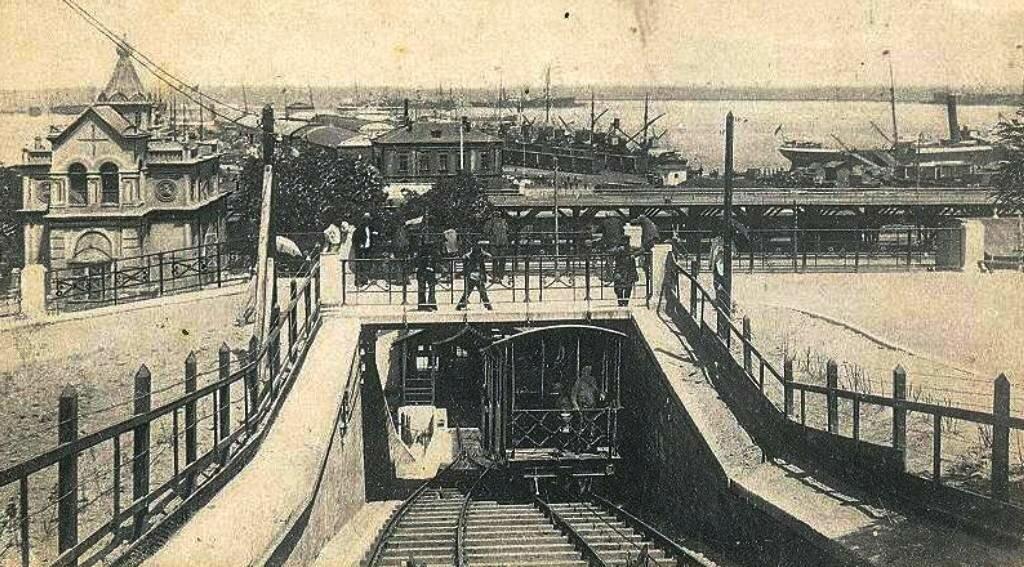 Одесский фуникулер в начале ХХ века 1.jpg
