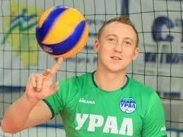 Российский волейболист плюнул в лицо депутату