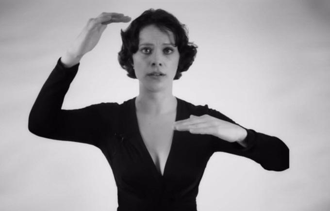 Видео: женщина поет обертоном 0 130a1f c9751cea orig