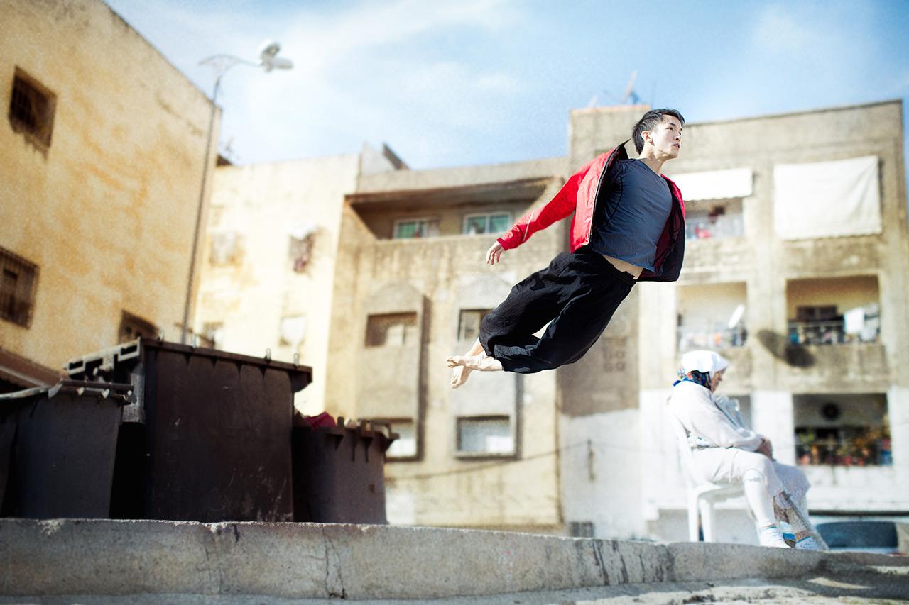 Paryashhij-v-tance-Mikael-Dzho--Mickael-Jou--21-foto