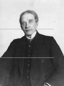 Быховец Я. В., старейший артист театра (портрет).