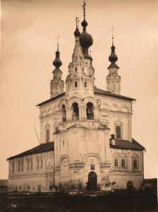 Вид Троицкого собора Ризположенского женского монастыря (постройка 1700 г.);(вид с северо-западной стороны). Суздаль г.