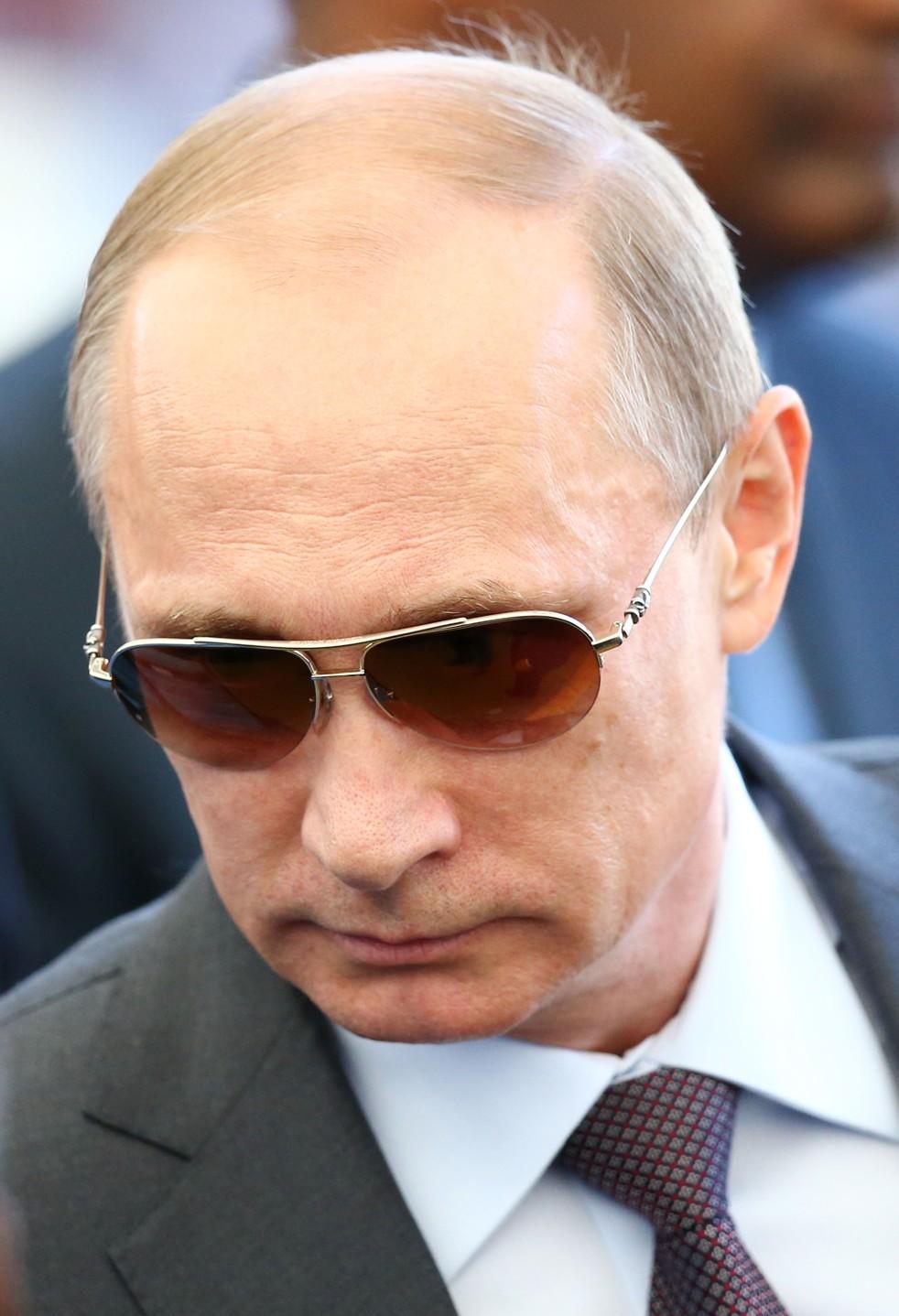 Футболка ВВ Путин в очках