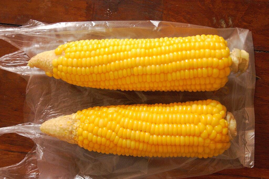 Варёная кукуруза в Таиланде