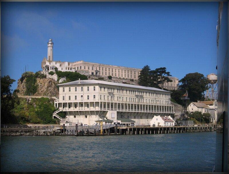 8. Остров - тюрьма Алькатрас (Сан - Франциско, США).JPG