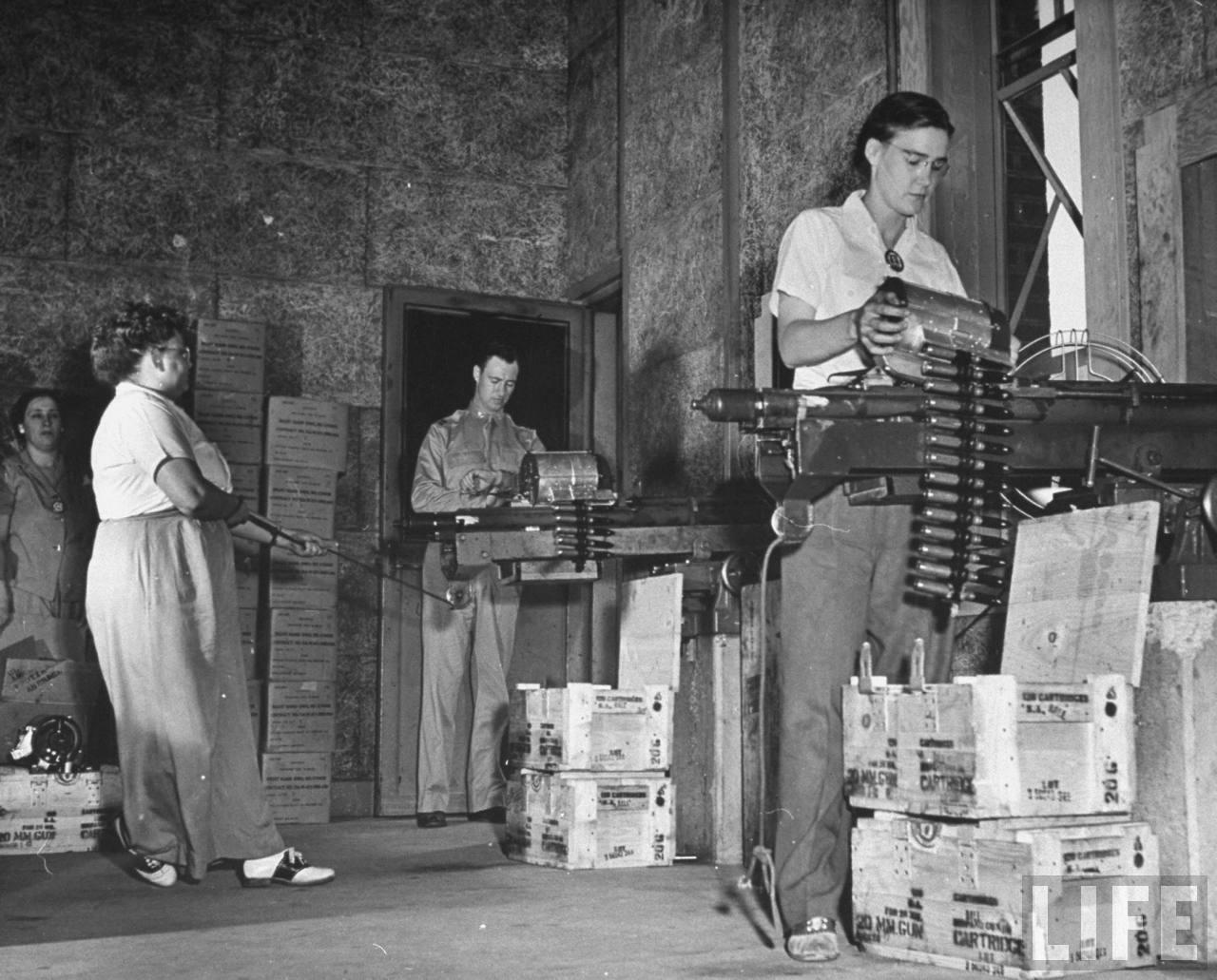 Американские оружейницы - 5 (1942 год)