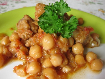 свинина с картошкой и грибами в горшочках рецепт