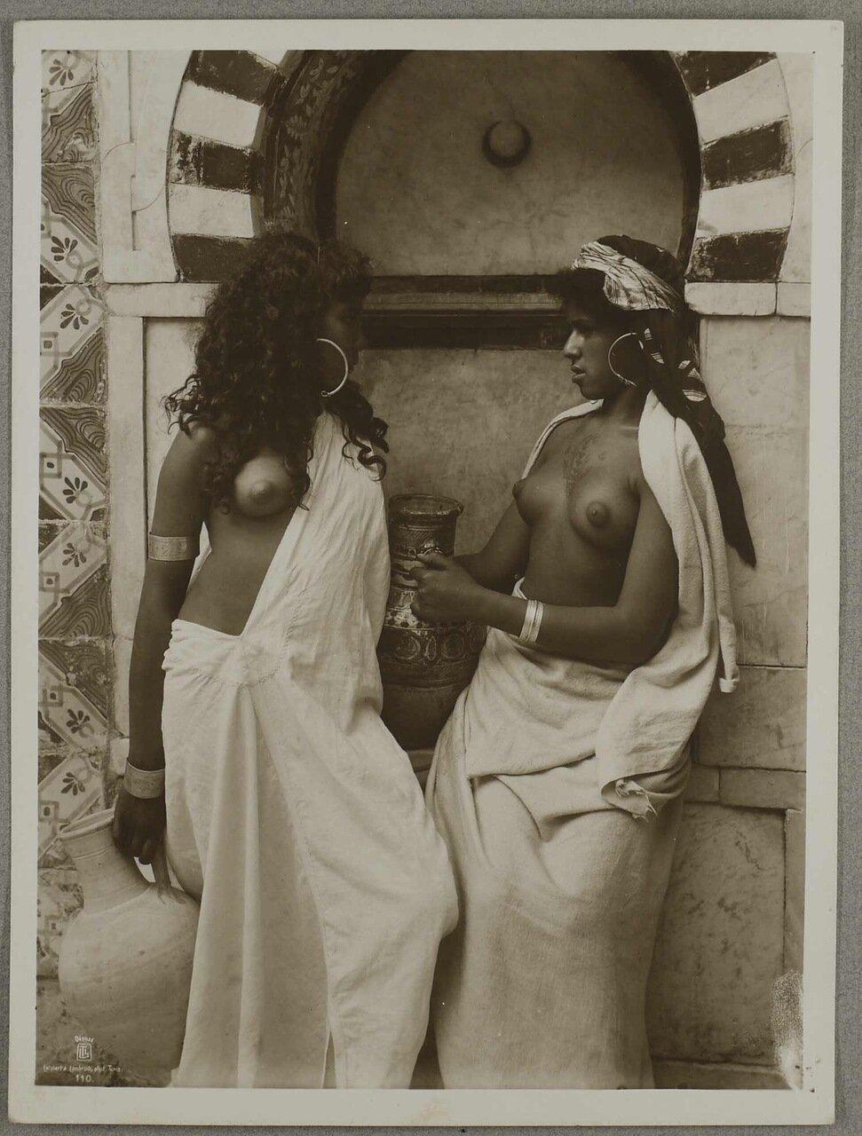 Тунисские женщины