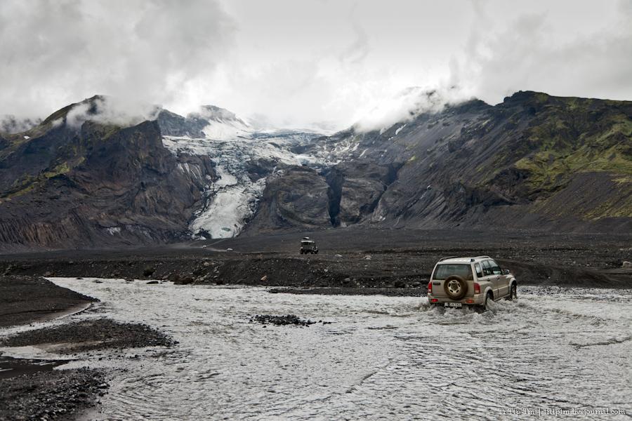 8. Ледники и водопады Эйяфьядлайокудля.