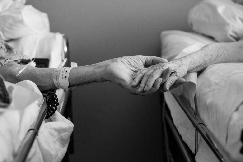 Рассказы подруга делает жене массаж 9 фотография