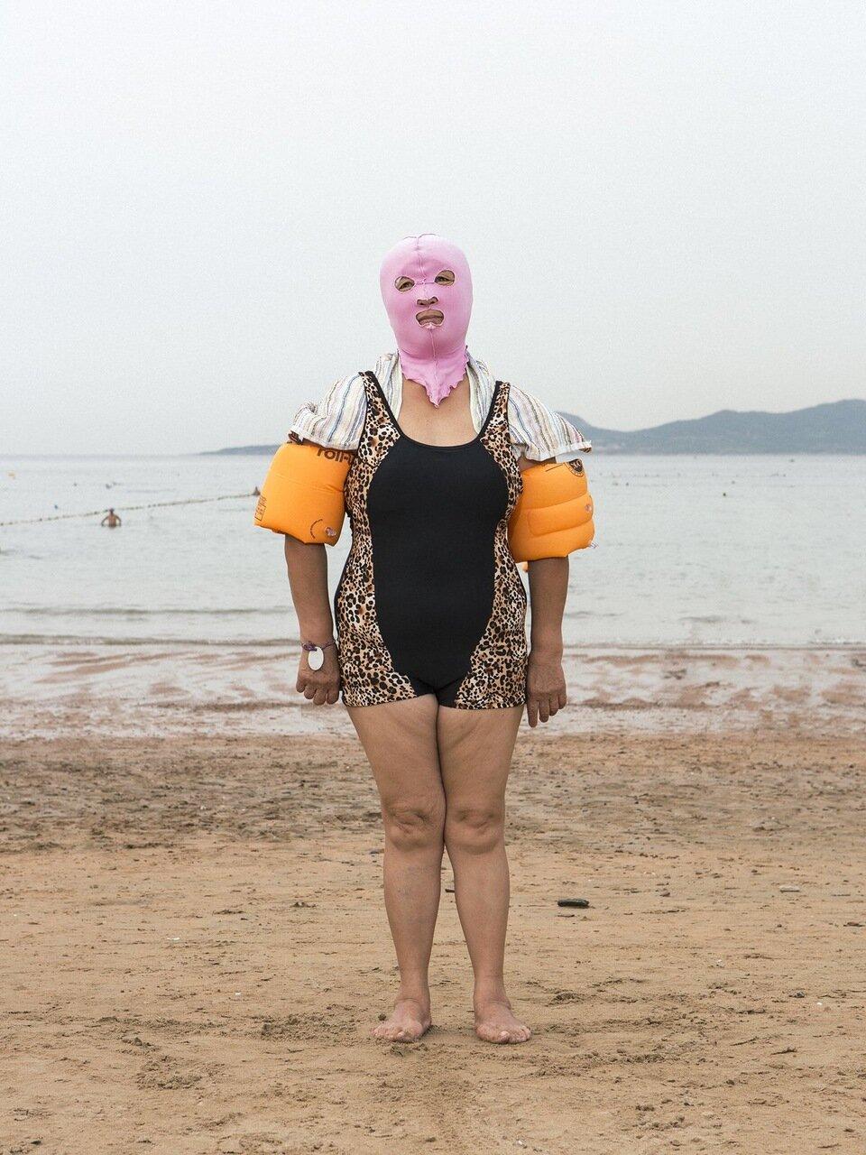 Приколы на море с женщинами 5 фотография