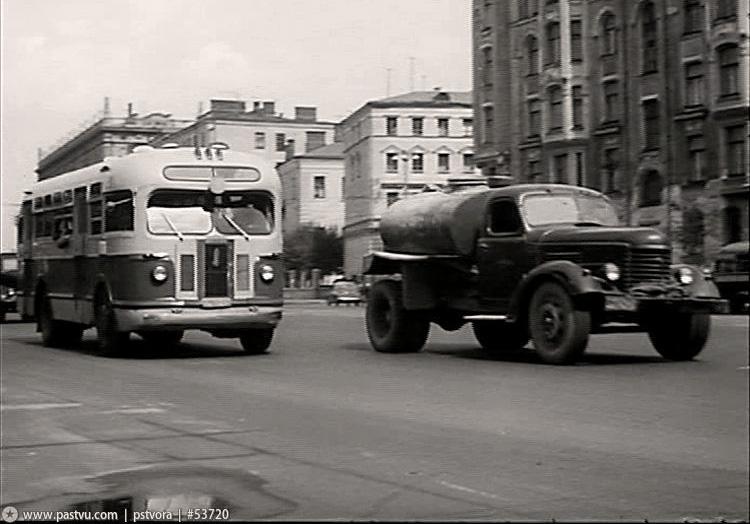Автобус. 1956...jpg