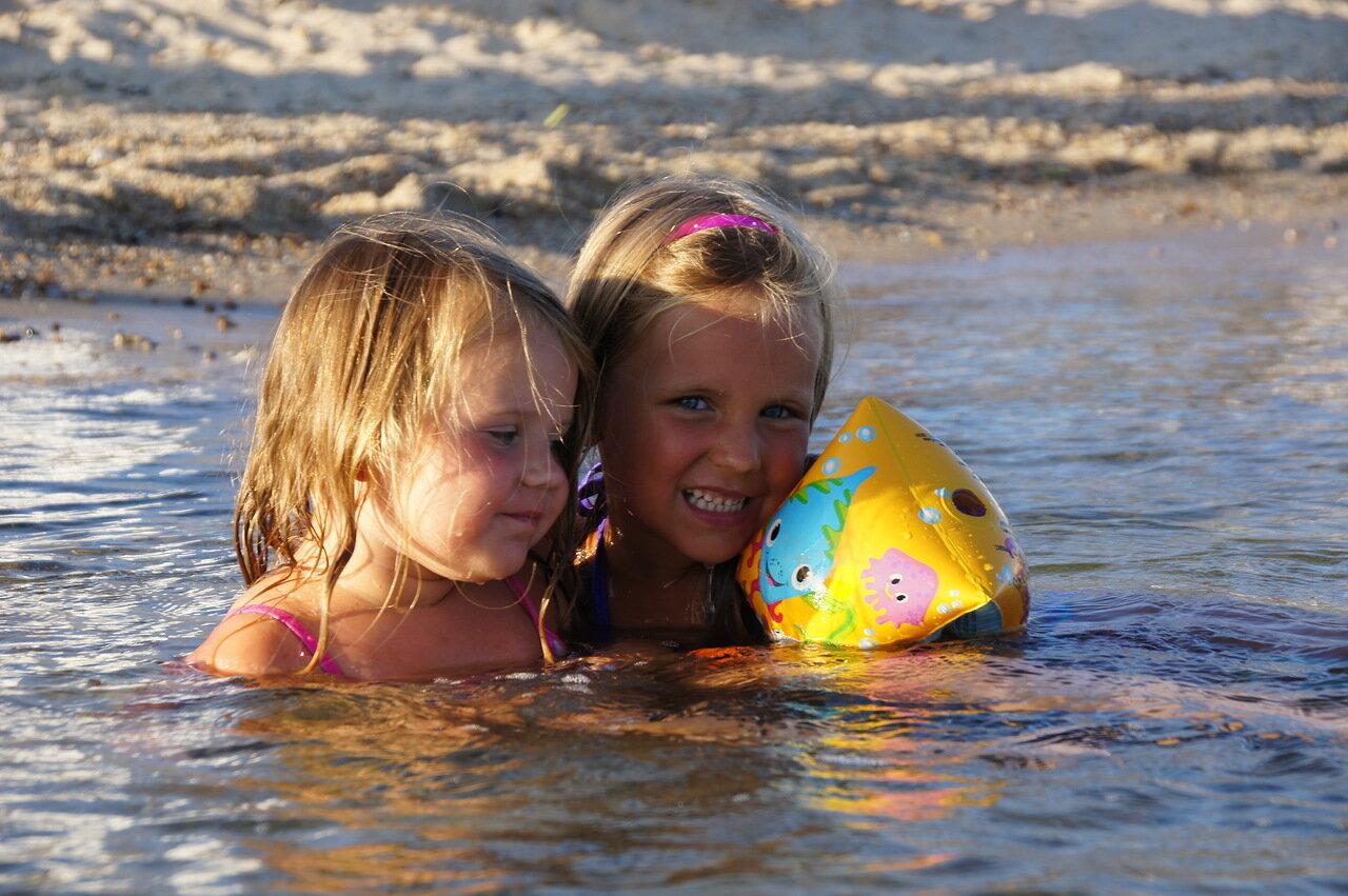 Фото голый семейный нудизм, Фото нудистов на пляже, семейный нудизм и фото 7 фотография