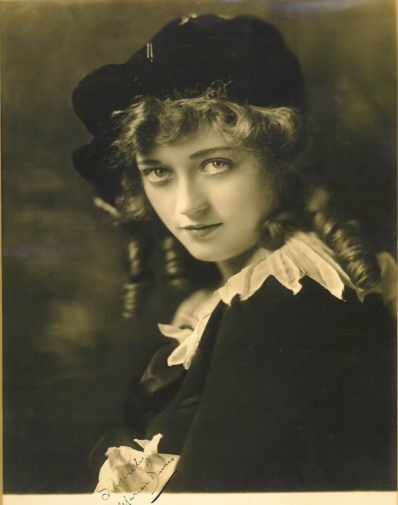 Marion Davies (Ziegfeld Follies) 114.jpg