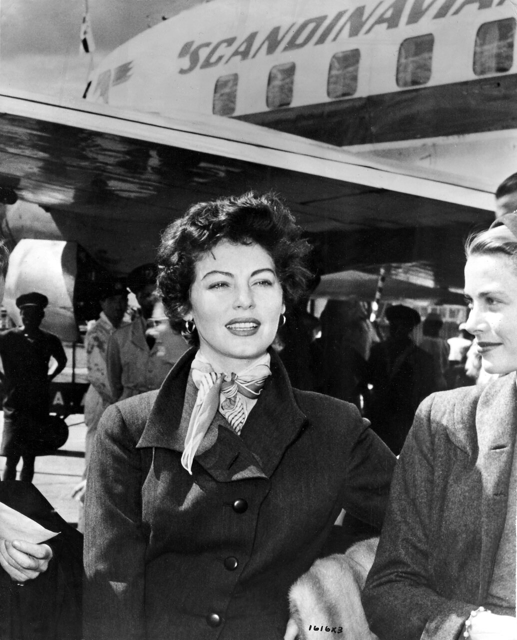 AVA GARDNER [1922 - 1990]American Actresswith GRACE KELLY [1929 - 1982] arriving at Nairobi airport to film MOGAMBO [1953]