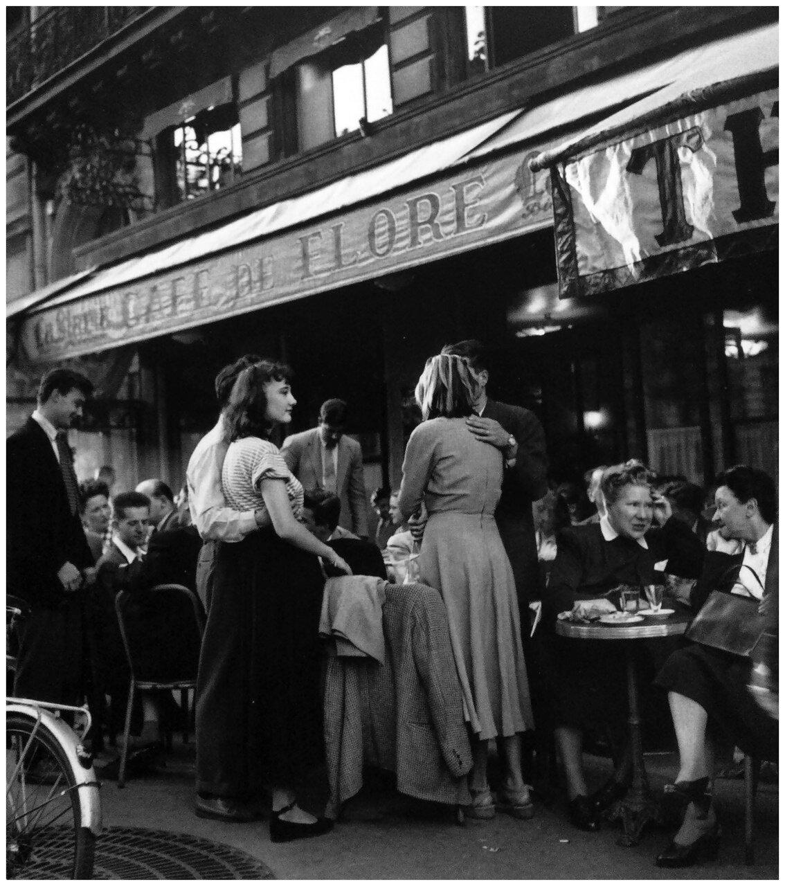 1947. Кафе де Флор