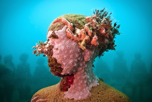 Underwater sculpture, Jason Decaires Taylor.jpg