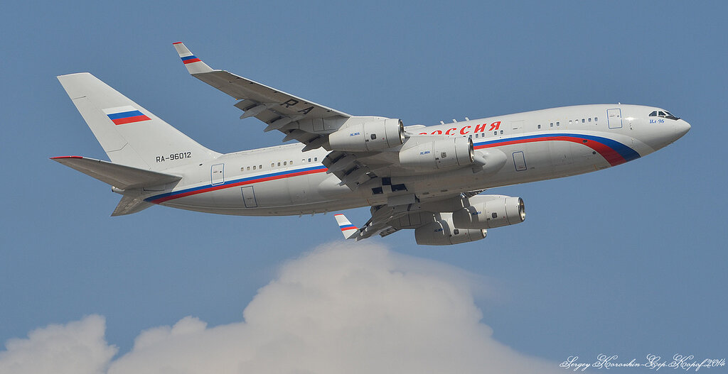 Ильюшин Ил-96-300 Россия RA-96012