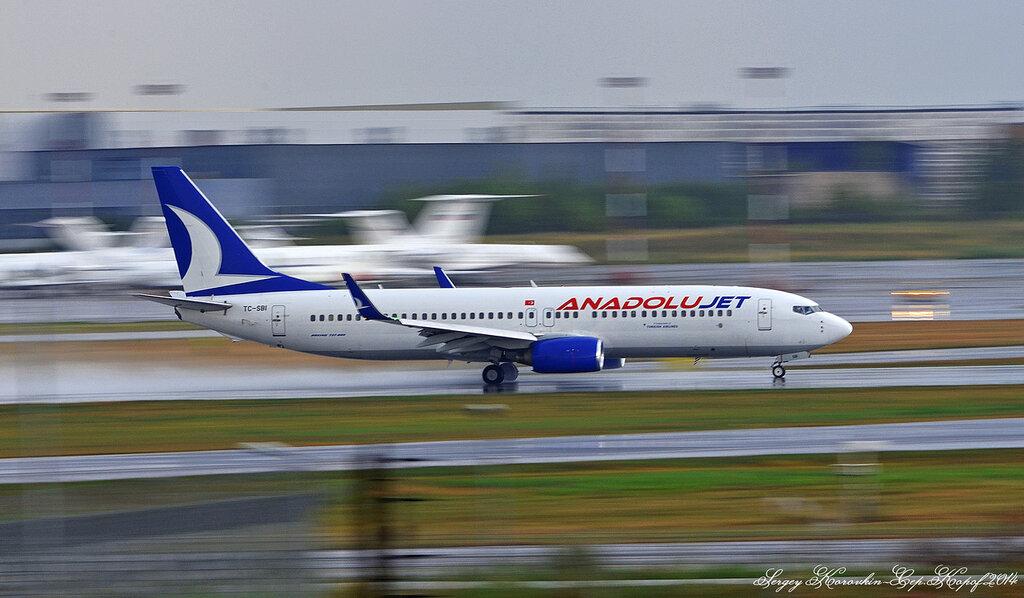 Boeing 737-8AS AnadoluJet TC-SBI