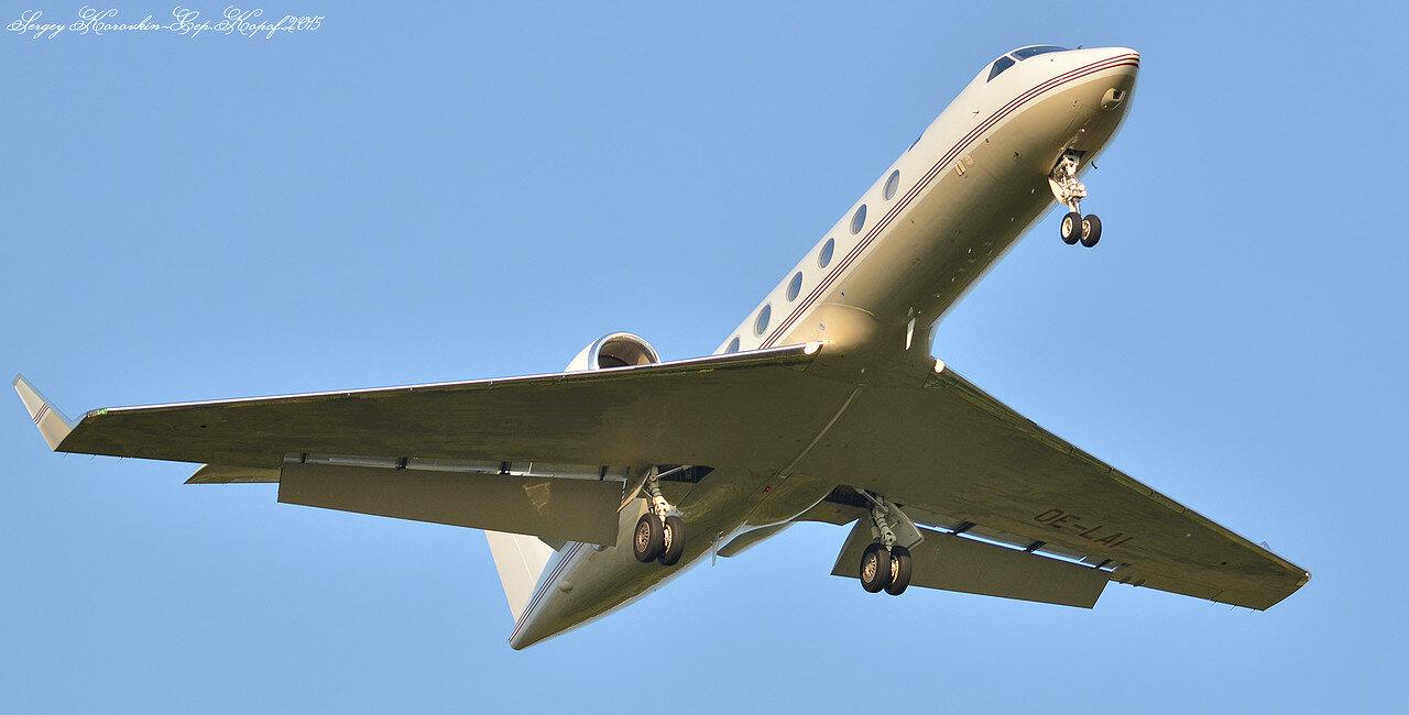 Gulfstream G450 Global Jet Austria OE-LAI.JPG