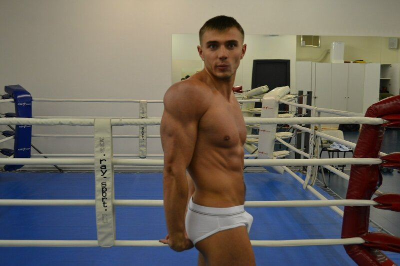 боксёр в трусах