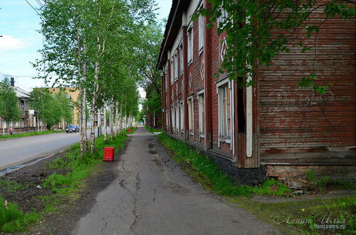 Фотография Инты №7793  Северо-западный угол Кирова 13 21.06.2015_14:09