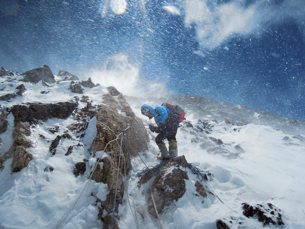 Альпинистка Герлинда Кальтенбруннер (Gerlinde Kaltenbrunner) совершает восхождение на вершину Чо