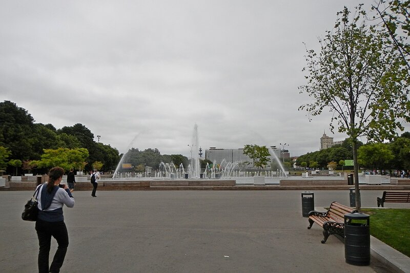 Центральный фонтан в парке им. Горького