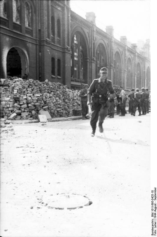 Warschauer Aufstand, Infanterist