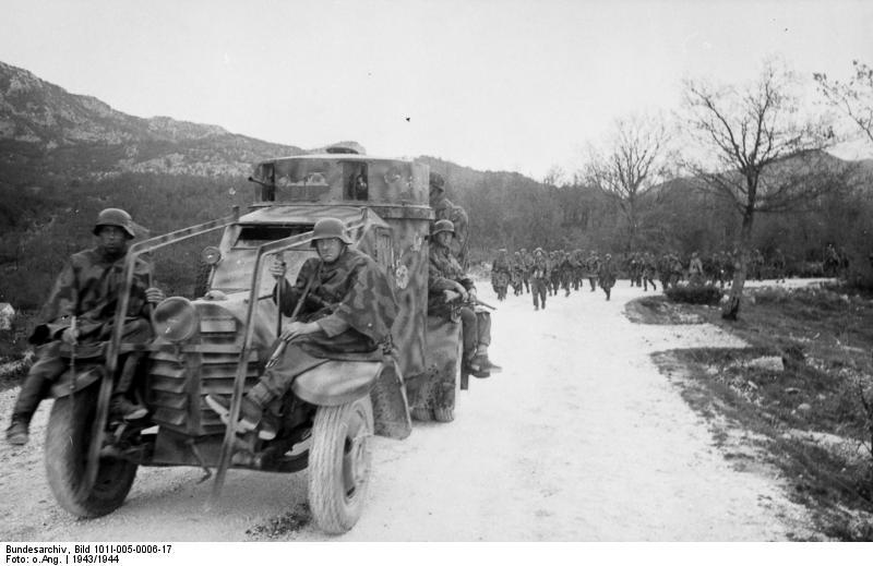 Jugoslawien, italienischer Panzerspдhwagen